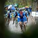 Slovák Kvietok v prvním kole juniorského závodu, ME v cyklokrosu 2013 (her)