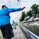 Bez trestné sekundy, ukazuje rozhodčí, IFC canoe slalom World Cup 2014 – Prague