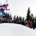 Michal Krčmář předvedl na umělé terénní vlně také parádní skok pro diváky, biatlonová exhibice 2015