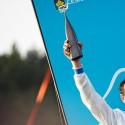 124. Velká pardubická steeplechase, Jan Faltejsek s trofejí pro vítěze (syn)