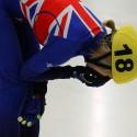 Elise Christie (GBR) si zlomila ve finále na 1500m zápěstí (syn)