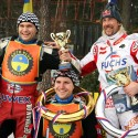 Stupně vítězů. Antonín Klatovský, Jan Klatovský, Franky Zorn (zleva). (syn)