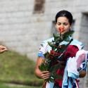 Tereza Huříková s růží za vítězství. Diváci se nedokázali shodnout na tom, zda byla hezčí růže nebo Tereza.