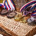 Medaile asi z pravých drahých kovů nebyly, ale na tom nezáleží