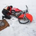 Robert Růžička pitvá svůj motocykl (can)